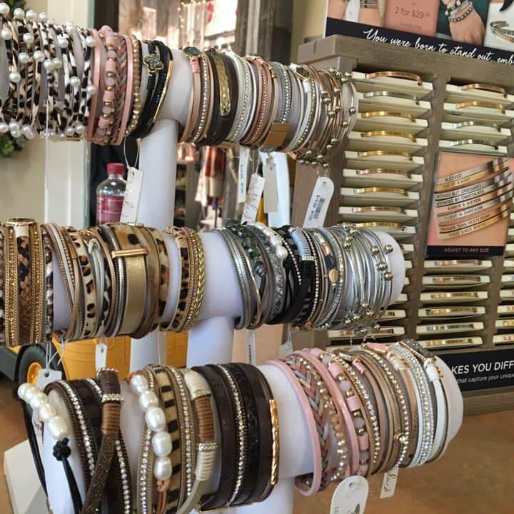 Bracelets-Rings-Jewelry-Clinton-Iowa