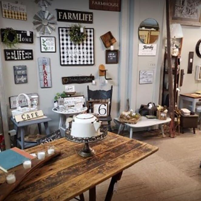 antique_store_Clinton_Iowa